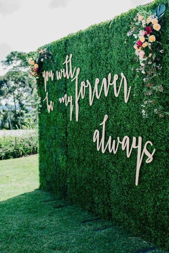 Wood Wall Names Boxwood Backdrop Large Custom Backdrop Custom Last Name Wood Sign Backdrop Wedding Signs Custom Name Sign Wedding Wall Decor