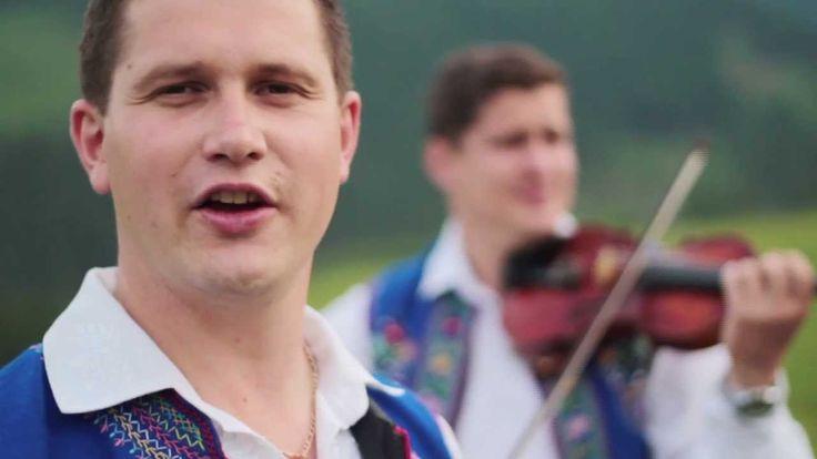 Goralská hymna, nádherná pieseň Góralu czy ci nie żal, spieva skvelá hudobná skupina zo Starej Ĺubovne - Kollárovci. KOLLÁROVCI: http://kollarovci.sk/