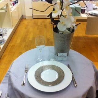 laurent et alexia ont choisi les collections ecume blanc et ecume platine pour leur liste de - Liste Mariage Galeries Lafayette