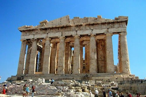 Greece is one of the world's most popular tourist destinations, this is because of its many historical sites as well as its amazingly beautiful surroundings. Visitors are most drawn here because of its beautiful beaches, it dependable sunny weather, and for its rich cultural past.