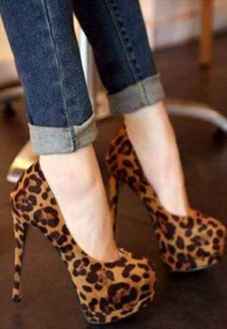 Every woman need a pair of Stylish Leopard Print High Heel Pumps