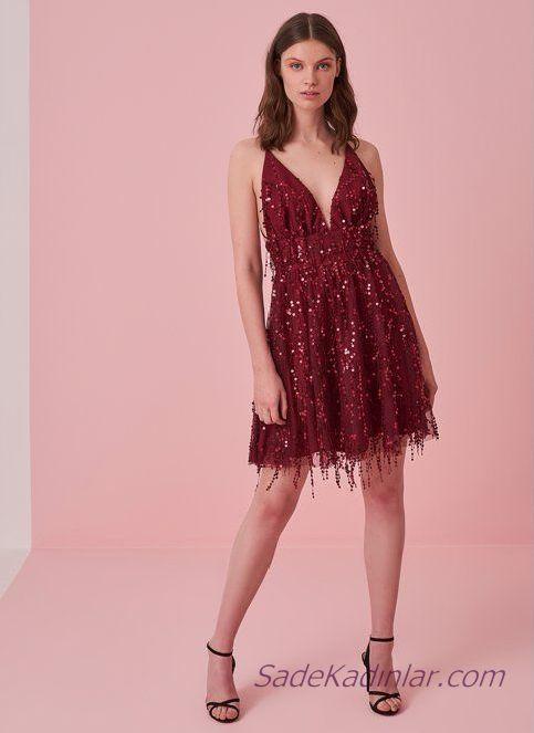 02fd963c16953 ... Abiye Elbise Modelleri panosunda bulabilirsiniz. 2019 Şık Gece  Kıyafetleri Bordo Kısa V Yakalı İp Askılı Payetli