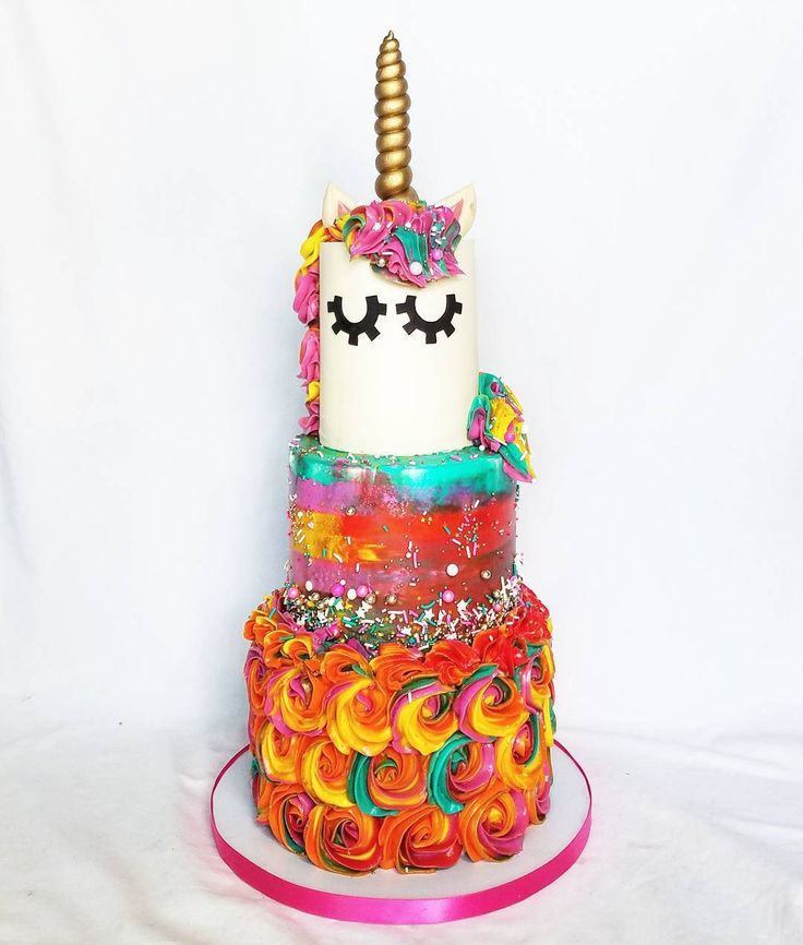Sunset Unicorn cake for my beautiful sister Kalia!  She is always behind the scenes with me. This business can be overwhelming with my poor health and chronic fatigue. She literally runs my business with me by answering all my emails and FB messages invoicing business brainstorming doing my dishes cleaning my kitchen baking decorating doweling cakes drives me around buys me Diet Dr. Pepper buys me food cooks me food delivers wedding cakes with and without me swaps me vehicles for deliveries…