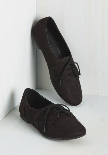 Have a proclivity for timeless style? So do we, which is why we're thrilled to share these black derby flats with you! Easy to style and ever-so darling, these vegan faux-suede shoes keep things simple with a touch of topstitching and delicate laces - perfect for retro and modern looks alike!