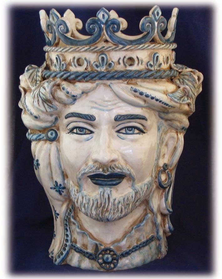 Testa RE  in ceramica www.ceramicheripullo.com Ceramiche Ripullo