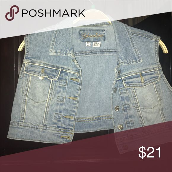 Sleeveless Jean Jacket This is a cropped sleeveless jean Jacket Jackets & Coats Jean Jackets