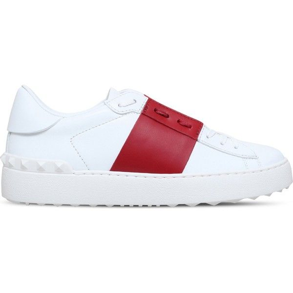 Valentino Garavani leather two-tone trainers (2,655 MYR) ❤ liked on Polyvore featuring shoes, sneakers, leather sneakers, leather low top sneakers, two tone shoes, leather trainers and studded shoes