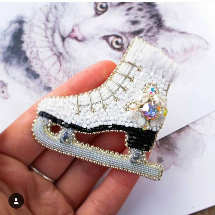 Автор @evis_owl_jewelry 〰〰〰〰〰〰〰〰〰〰〰〰〰〰 По всем вопросам обращайтесь к авторам изделий!!! #ручнаяработа #брошьизбисера #брошьручнойработы #вышивкабисером #мастер #бисер #handmade_prostor #handmadejewelry #brooch #beads #crystal #embroidery #swarovskicrystals #swarovski #купитьброшь #украшенияручнойработы #handmade #handemroidery #брошь #кольеручнойработы #кольеизбисера #браслеты #браслетручнойработы #сутажныеукрашения #сутаж #шибори #полимернаяглина #украшенияизполимернойглины