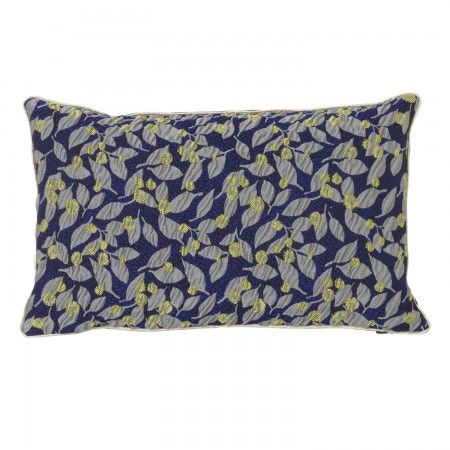 Salon kussen Ferm Living 40x25cm flower blue   Musthaves verzendt gratis