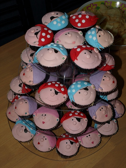 Pirate cupcakes #party #ideas