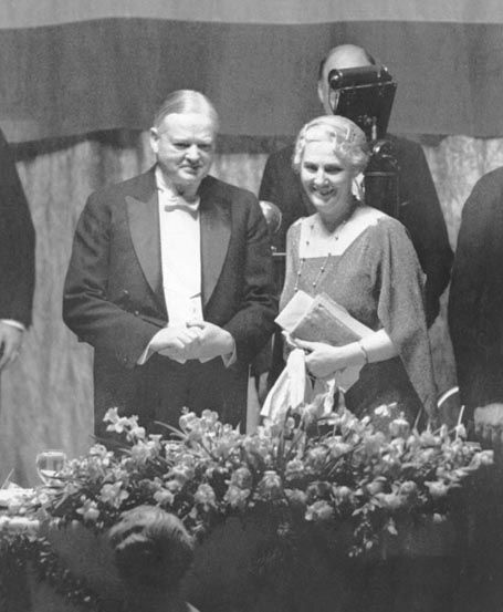 President and Mrs. Hoover at the Lincoln Day Dinner at the Waldorf-Astoria