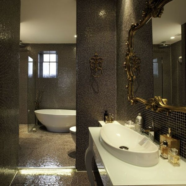 carrelage mosaique noir de salle de bains un grand miroir baroque deco mon style pinterest. Black Bedroom Furniture Sets. Home Design Ideas