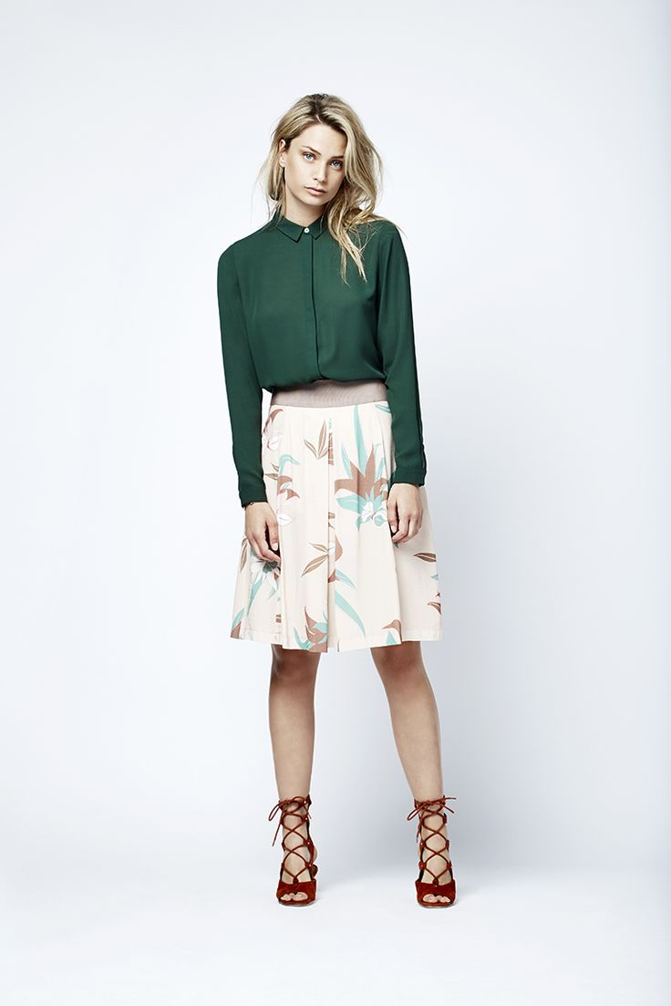 The tomboy shirt with a printed skirt.  Fashion // clothing // woman // inspiration // www.dante6.com