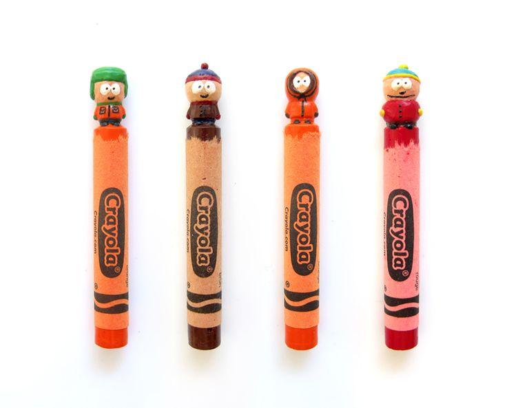 Vous vous rappelez des crayons Crayola qui ont révélé notre âme d'artiste ? Hoang Tran a préféré s'amuser avec les crayons pour en faire des sculptures. http://www.laregalerie.fr/les-crayola-sculptes-de-hoang-tran/