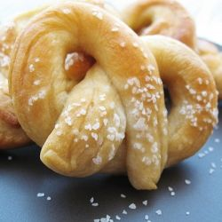 Homemade Soft Pretzels that can be made in your bread machine!