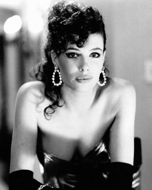 Kelly in Weird Science - Mulher Nota 1000