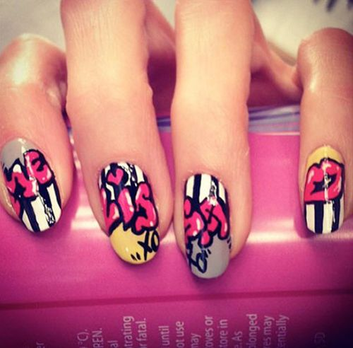9 Best Graffiti Nail Art Designs : Street Graffiti Nail Art: