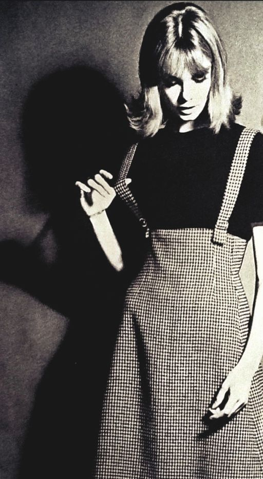 Jean Shrimpton in Vogue September 1962: I must copy her tweed skirt~love the shaping at the waist.