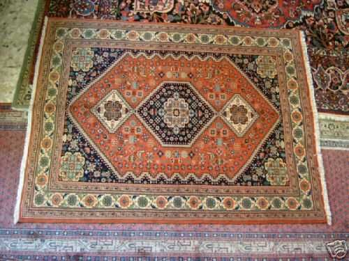 Abadeh Rugs: Guide to Abadeh Rugs