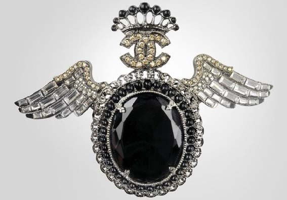 Chanel Costume Jewelry Cruise 2007/2008; Cameo brooch in metal and glasstone with strassed wings