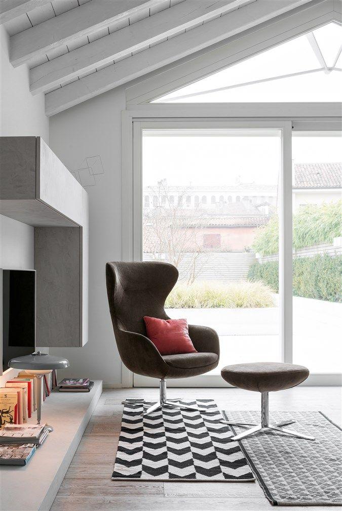 Madame #design #interiordesign #madame #poltrona #homedecor #comfort #pouf