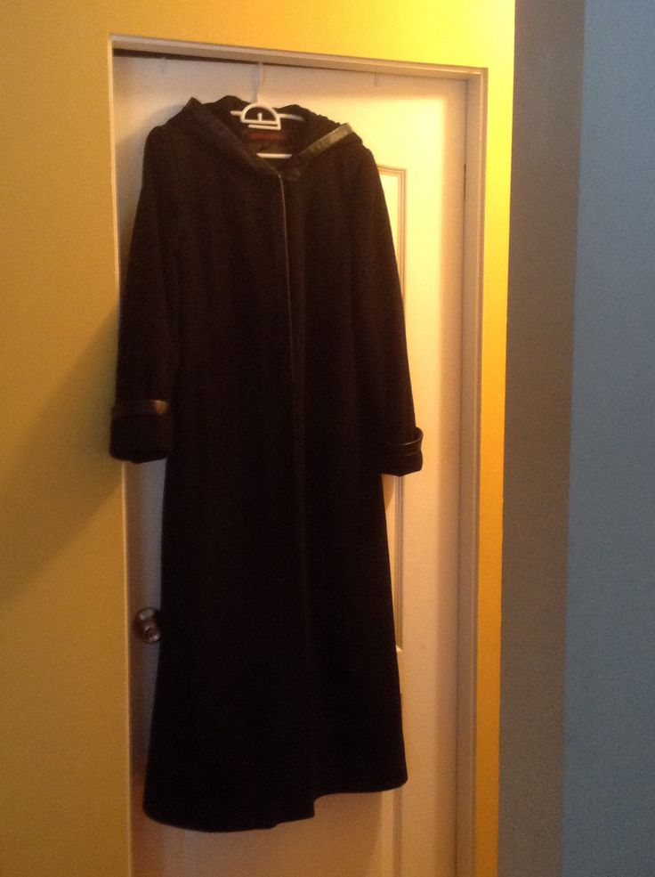 Full length, hooded, Simon Chang wool and cashmere coat. Still has spare buttons attached. $12.50 at Talize.
