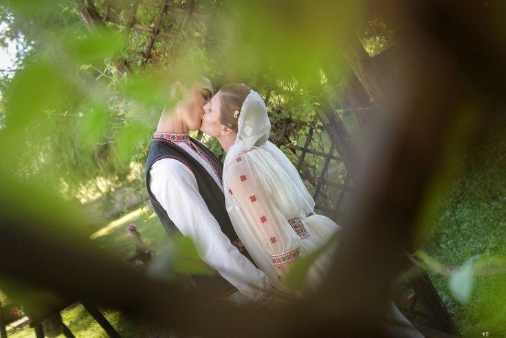Irina și Ștefan. Nuntă tradițională la Măldărești, Vâlcea