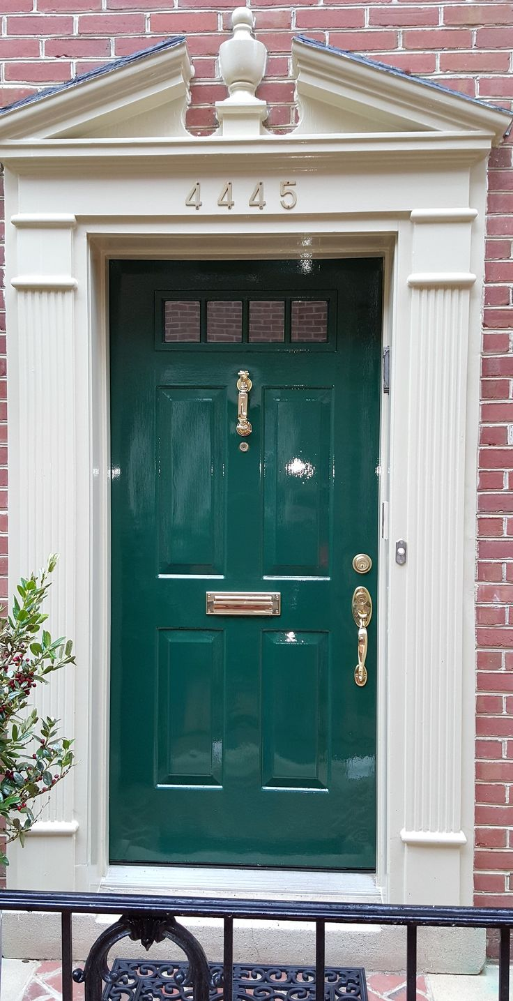 Dutch Green / Fine Paints of Europe ECO Trim & Fine Paints of Europe Hollandlac Brilliant Door
