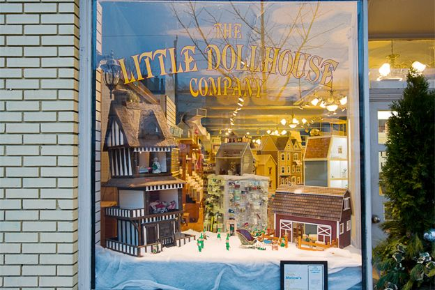 Little doll house shop on Mount Pleasant.  You could seriously spend all day here just looking at the world in miniature #toronto #shoplocal