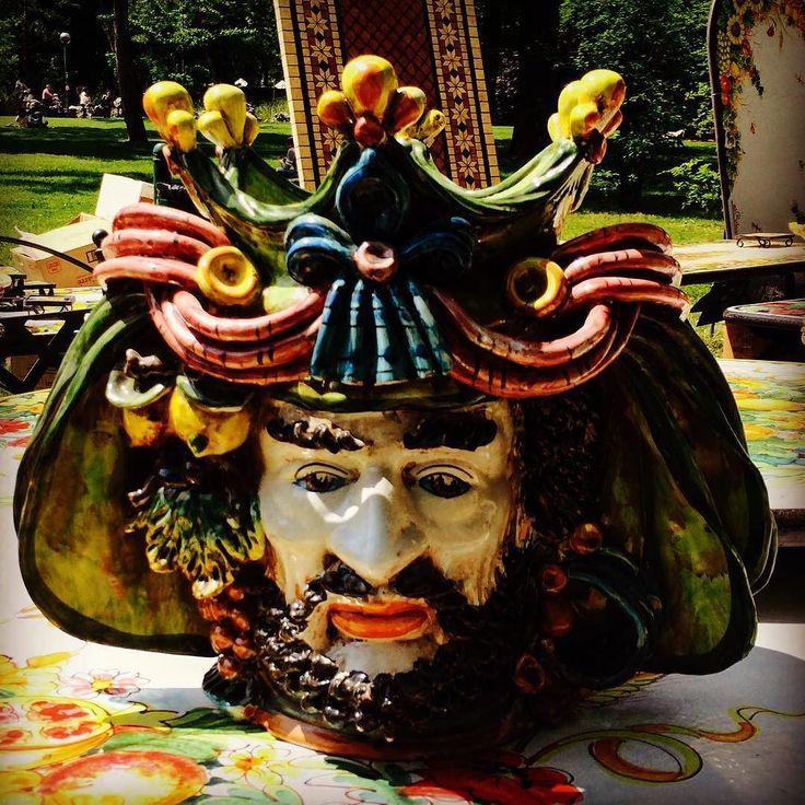 C'è anche #lui... #art #artigianato #handmade #fromsicily #madeinitaly #barba #ceramiche #vasi #giardinieterrazzi2016 #fullcolors by sole_di_settembre