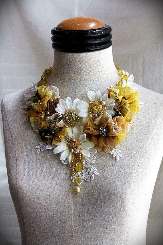 SHASTA Marguerite blanc jaune Textile mixte par carlafoxdesign Plus