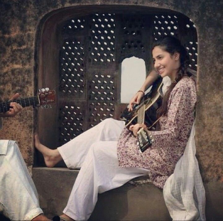 Throwback to #MahiraKhan #Bol #Film #Awesome #Cute
