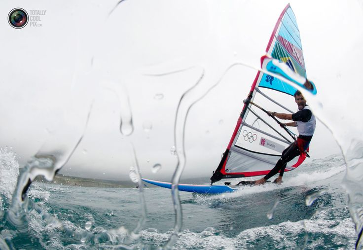 Brazil's Ricardo Santos sails before the first race of the men's RS-X sailing class at the London 2012 Olympic Games. PASCAL LAUENER/REUTERS