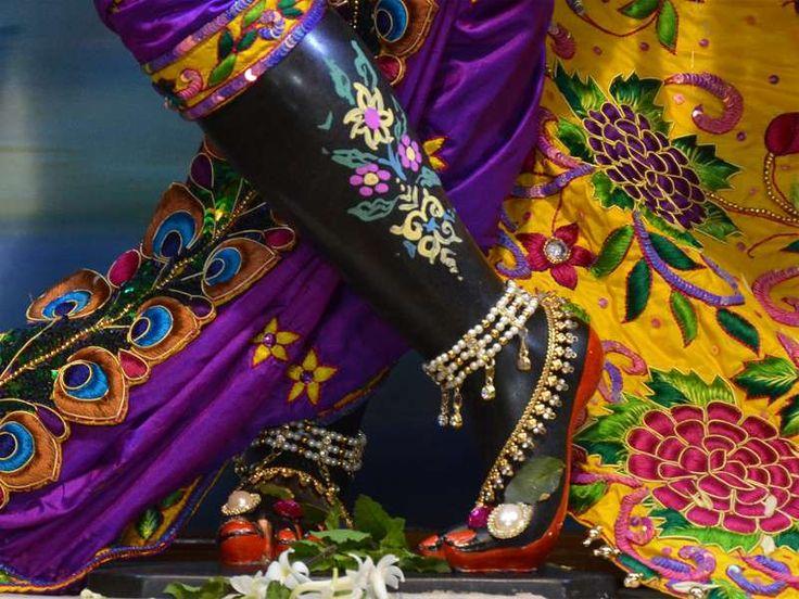 http://harekrishnawallpapers.com/sri-madan-gopal-feet-iskcon-nashik-wallpaper-003/