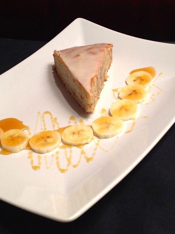 Simon - Avanguardia di Cucina Vegetariana : Torta di banane con glassa al grand marnier e banana split