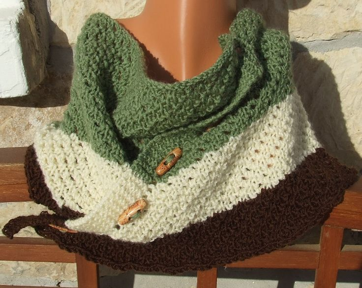 Knitted cowl - Button up cowl - Short scarflette - Knitted neck warmer -  Striped cowl -  Lace stitch short scarf in green brown and cream by WoolieBits on Etsy