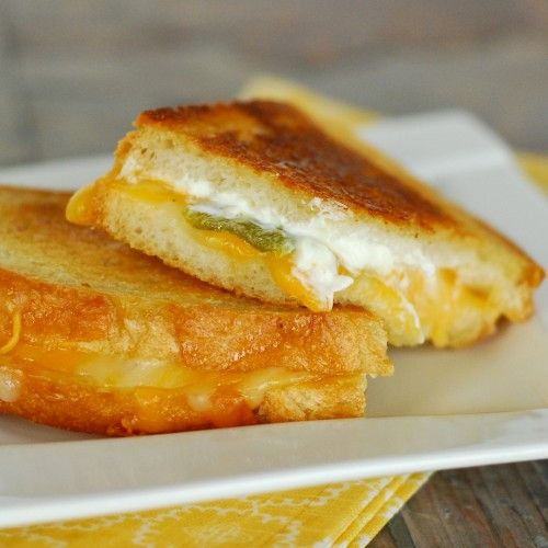 Jalapeno Popper Grilled Cheese Sandwich by beckybakes #Grilled_Cheese #Japapeno_Pepper #beckybakes
