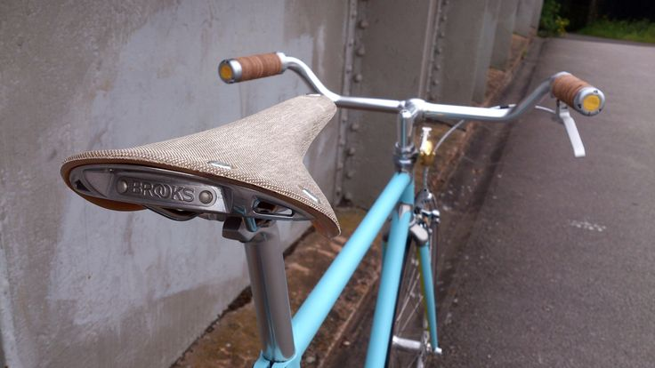 Brooks England C17 Cambium cotton canvas saddle on Vickers Bicycle Co's Sundown Town. Inspired by Richard James.