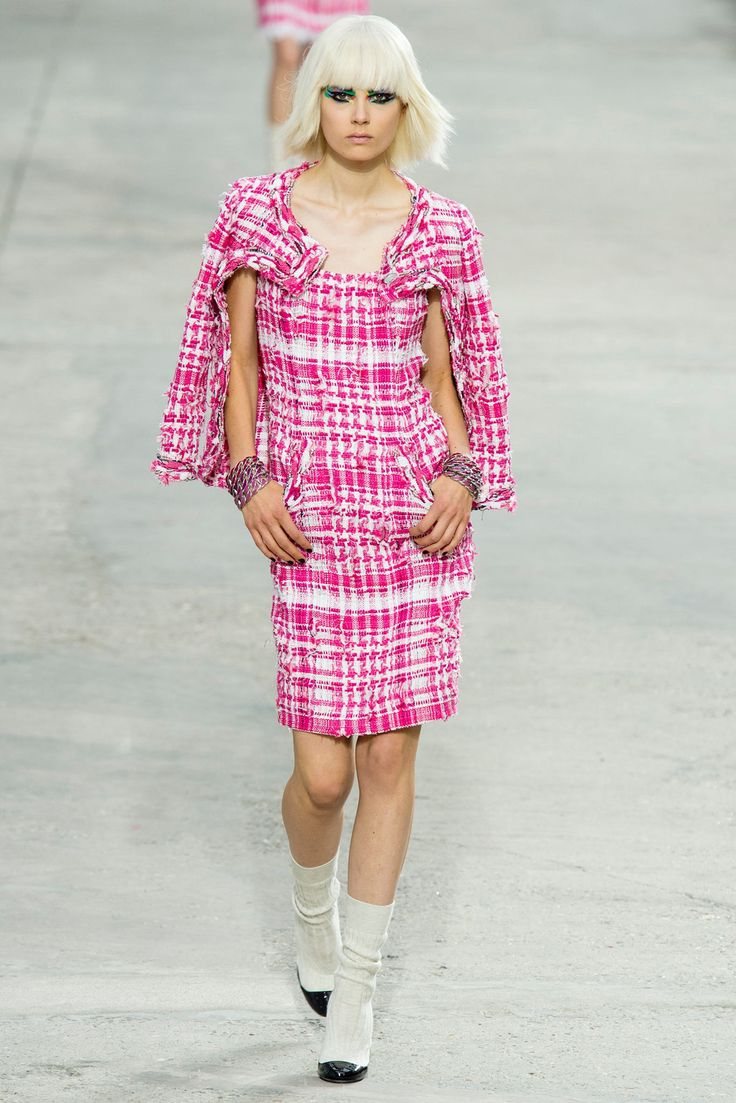 Chanel Spring 2014 Ready-to-Wear Fashion Show - Caroline Brasch Nielsen (Elite)
