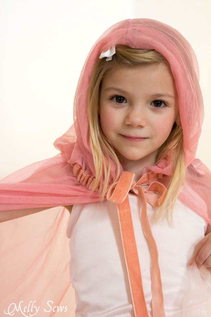 Dress up clothes fun! How to make a fairy princess cape - Easy DIY sewing tutorial by Melly Sews
