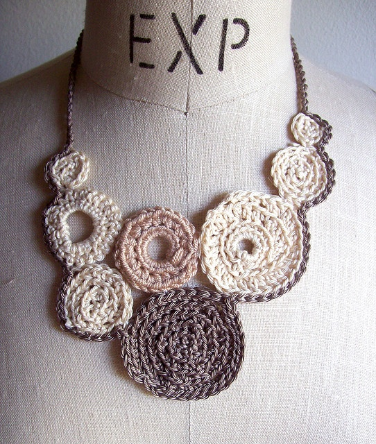 Crochet Jewelry : Necklaces, Crochet Ideas, Cluster Necklaces, Diy Necklaces, Crochet ...