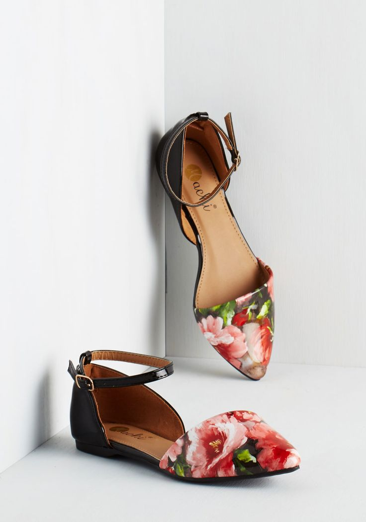 Vivid It Up Flat in Roses, @ModCloth