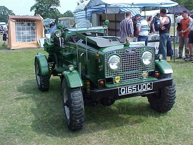 land rover roadster earlier configuration looks better with lr grill vehicles land rover. Black Bedroom Furniture Sets. Home Design Ideas