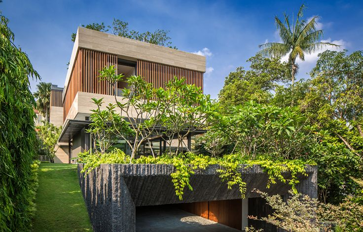 A Secret Garden House For Tropical Living