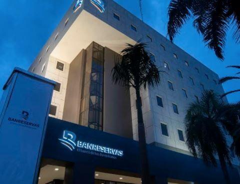 World Finance reconoce a Banreservas como banco del año en tres categorías