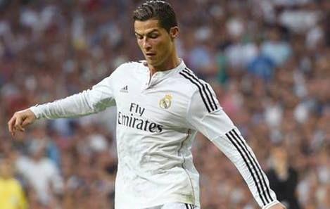 Cristiano Ronaldo, el treintañero incansable. El portugués está en la cima de su carrera y no piensa bajar los brazos en su lucha por ser el mejor del mundo. #cristianoronaldo #cristianocumple30 #happybirthdaycr7 #flyemirates #portuguesesoccer