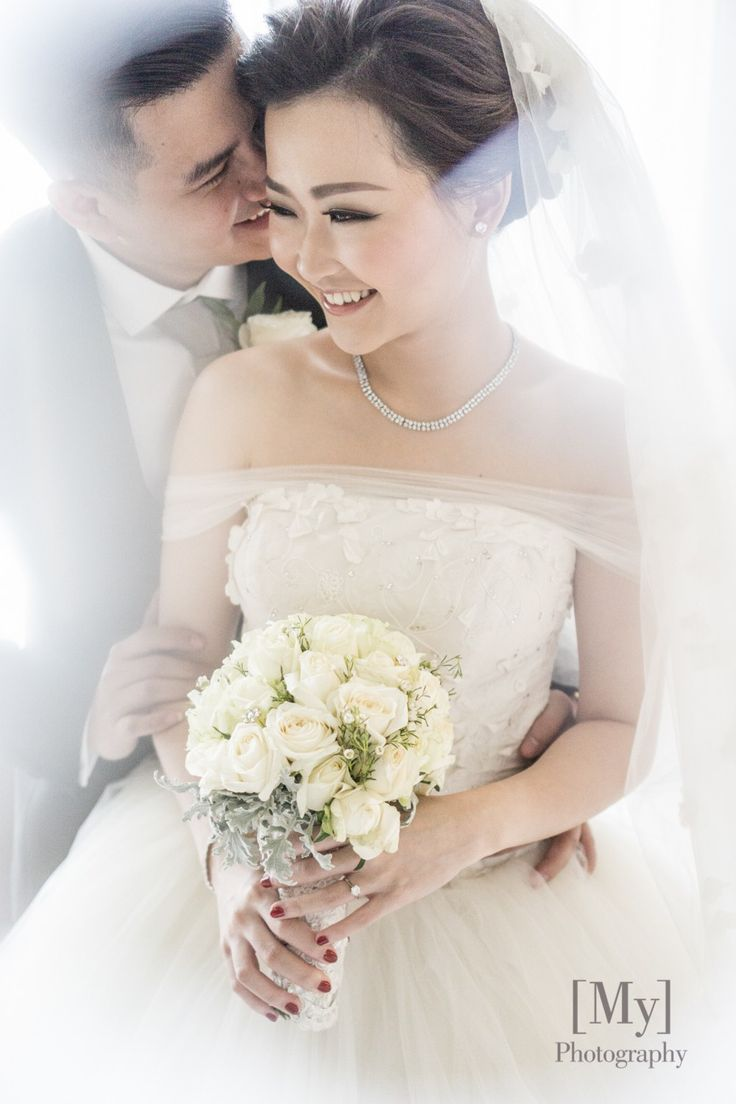 Classic White Wedding At DoubleTree Hilton - Preview 27