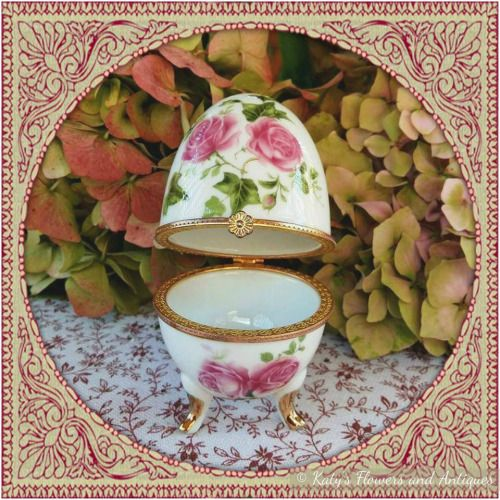 PINK ROSES - Porcelain EGG SHAPE Jewelry Box w Clasp