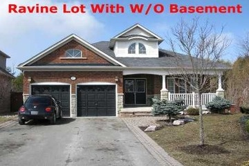 Detached - 3 bedroom(s) - Whitby - $569,900