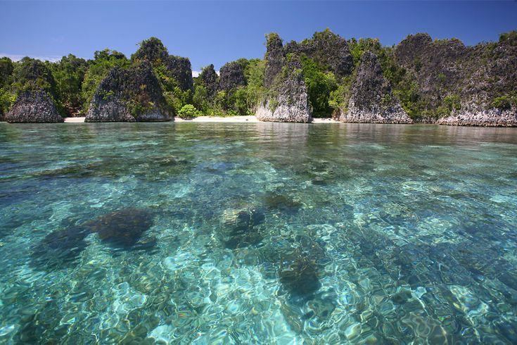Molukken im Indonesien Reiseführer http://www.abenteurer.net/1831-indonesien-reisefuehrer/